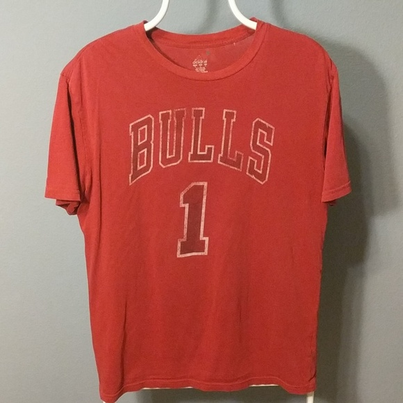 fa5fc81ba adidas Other - Vintage Chicago Bulls Derrick Rose Shirt